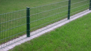 Pflaster- & Natursteinarbeiten - Stahl- & Industriezaunanlagen